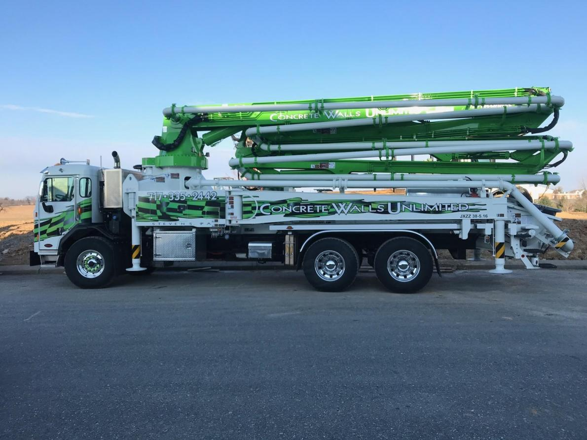 New concrete pumping truck